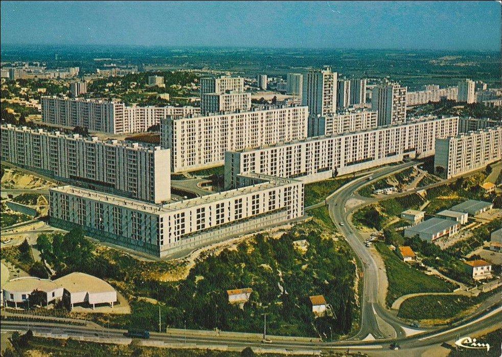 Un jour, une ZUP, une carte postale : Valdegour (Nimes)  #Bestof