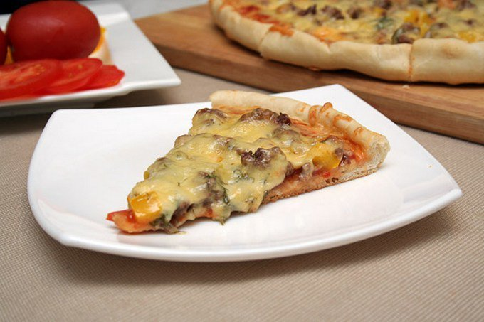 Пицца с фаршем и помидорами рецепт с пошагово