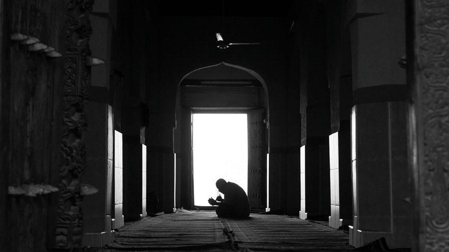 حدِّثوا ربكم بما يؤلمكم، فمن يجبر قلوبنا سواه. https://t.co/U153EudgPN