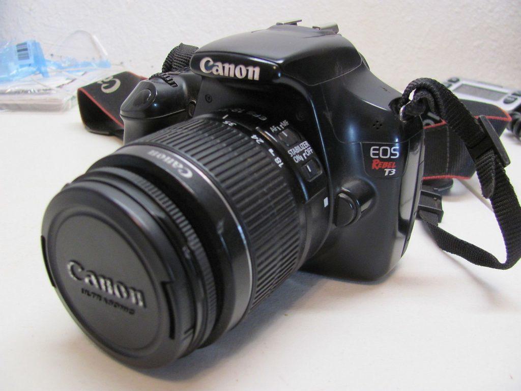 Как сделать в фотоаппарате фон размытым