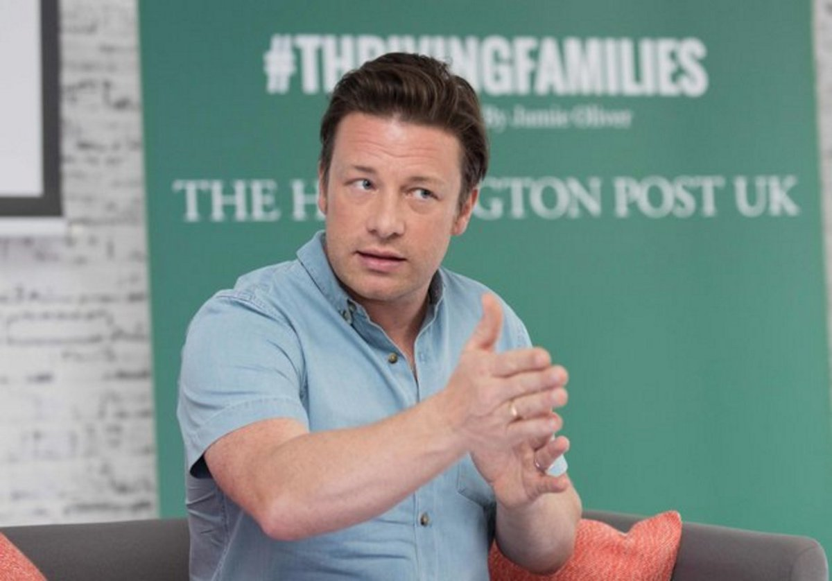 RT @FoodRev: @jamieoliver has urged Theresa May not to water down a planned anti-obesity strategy: https://t.co/pkUz9umy7C https://t.co/keN…