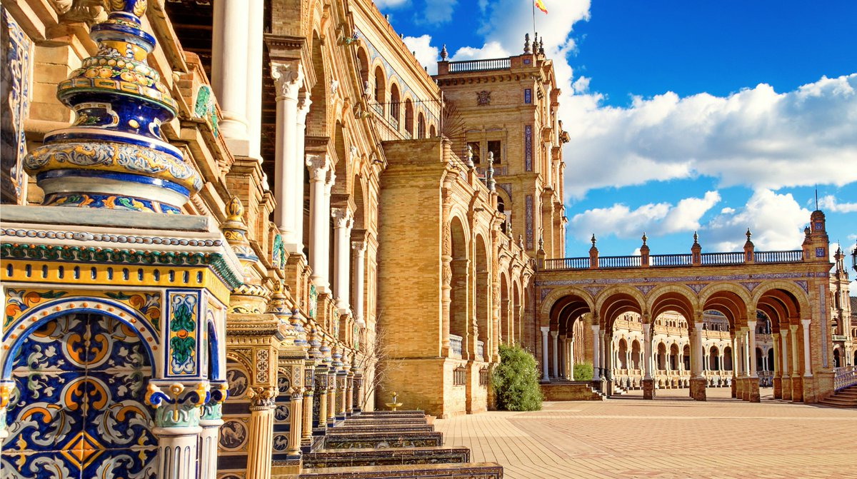 Experience the highlights of Seville for under a tenner! with