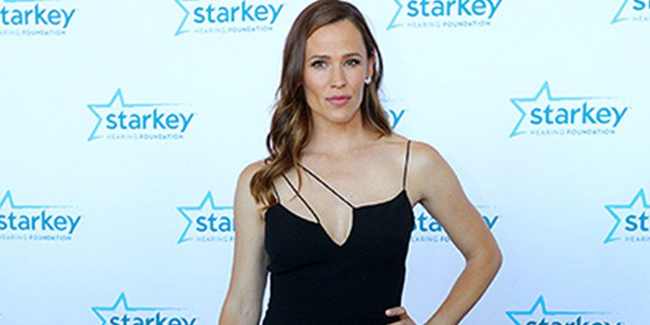 Jennifer Garner is honored for charity work at Starkey Hearing Foundation Gala