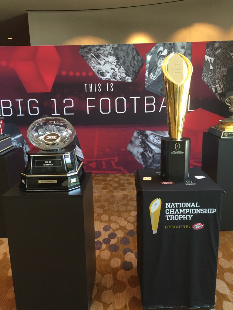 1st day back is Big 12 Media Days. Bob Bowlsby told me he'll advise the board to expand & is in favor of 2 divisions https://t.co/ao57XaImUH