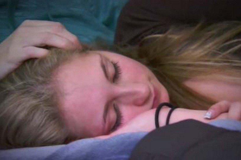 Sleeping Beauty Teen Sleeps Up 85