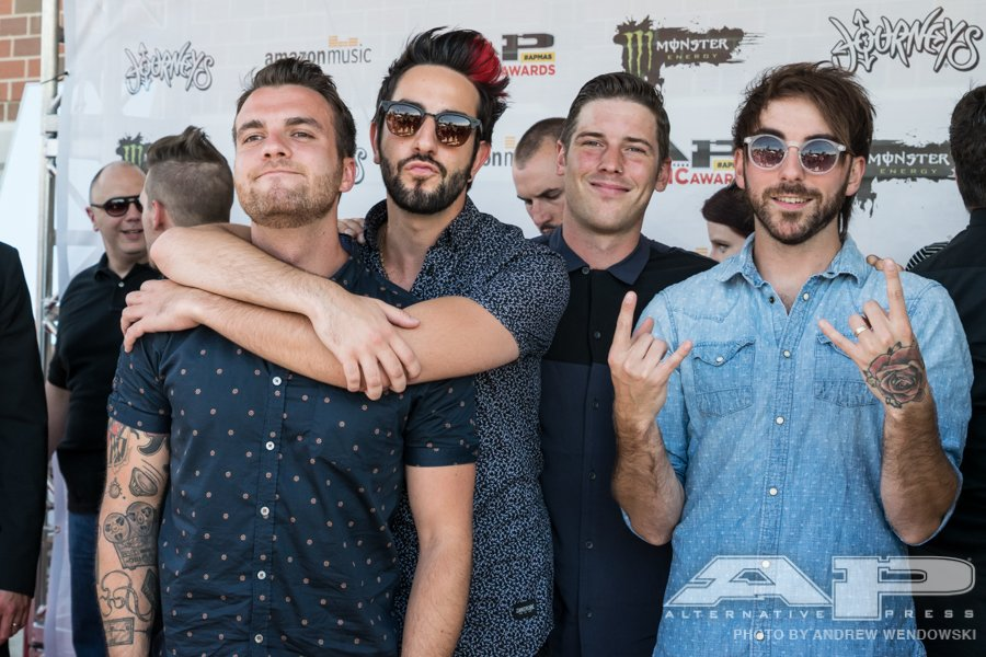 Ready for the #APMAS? @AllTimeLow is! Go to https://t.co/qvkQX53B1u to see live coverage starting at 7pm EST/4pm PST https://t.co/KG1GQTHloa