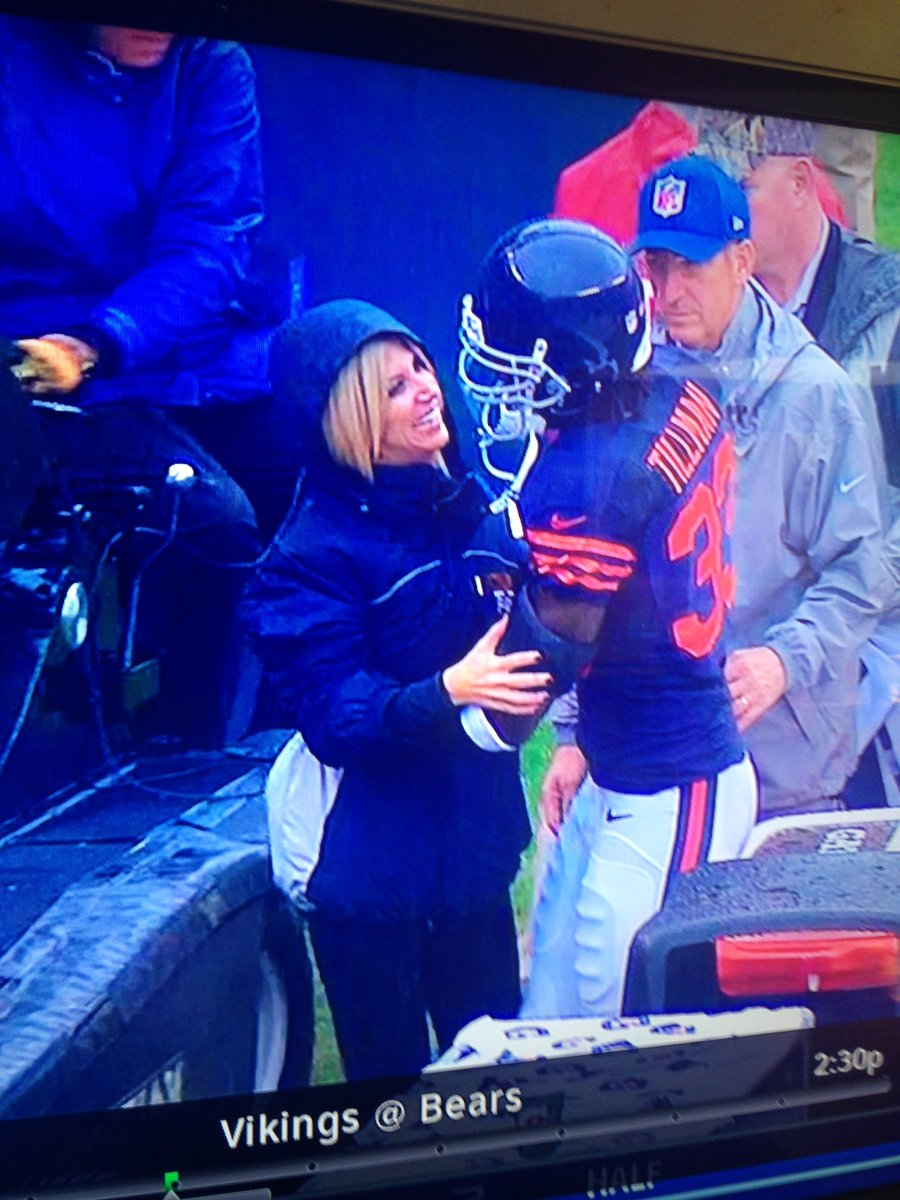 This is when @peanuttillman saved me from being run over on the field by a cart. Appreciate him as a pro&gentleman