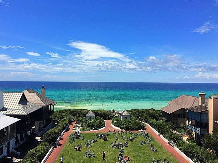 Rosemary Beach is looking mighty fine this week! But then again it's never not beautiful..… https://t.co/dvxPrn4Ura https://t.co/xoWvebeXt3