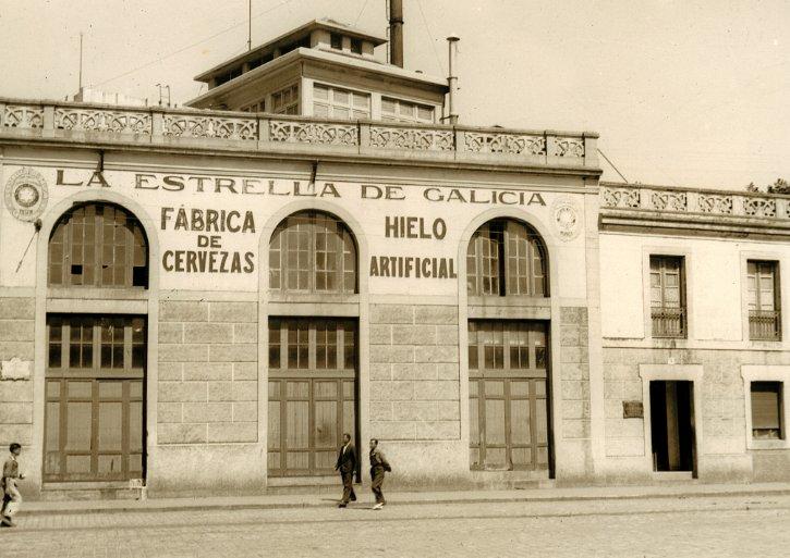 Un 19 de julio como hoy, en 1906, José María Rivera cursó en A Coruña el permiso para la fábrica de hielo y cerveza. https://t.co/7cgKqZf9DM