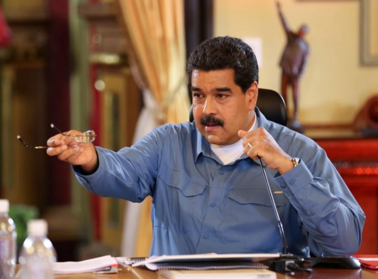 Venezuela opposition says hurdle cleared in push for Maduro recall