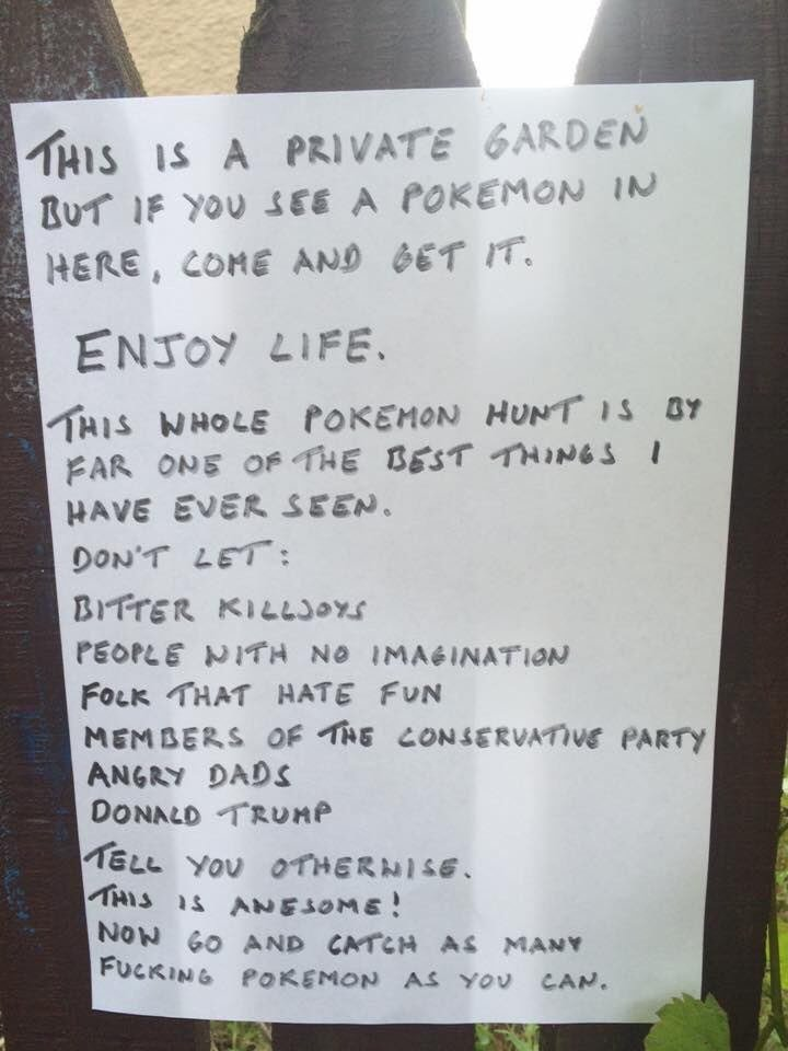 I don't know who this person is, but I want to buy them a drink! #PokemonGo https://t.co/eEycvmAzMh
