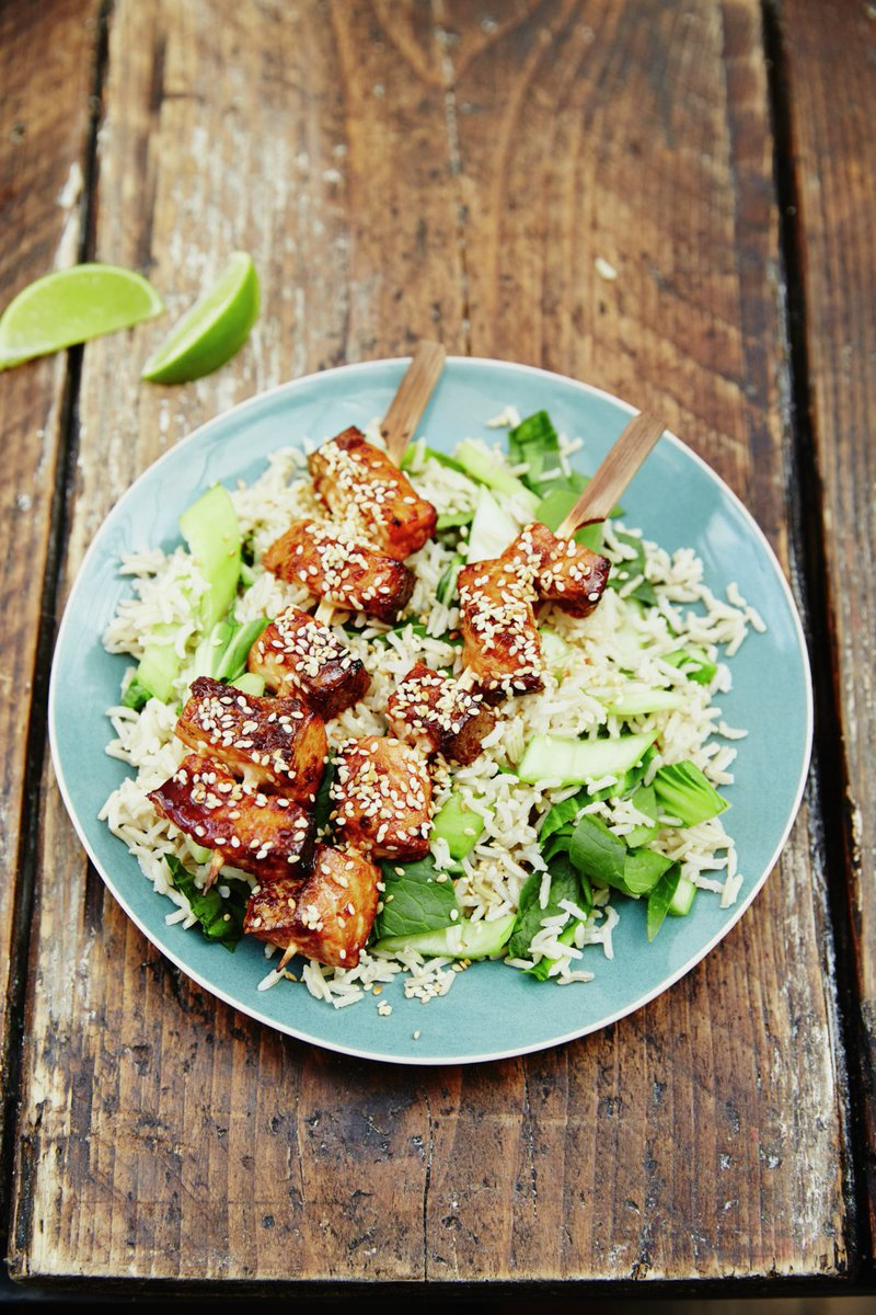 A genius midweek meal for the family, my loverly wife's Asian-style salmon https://t.co/wQbgCvPaA1 #recipeoftheday https://t.co/box5DjrKwh