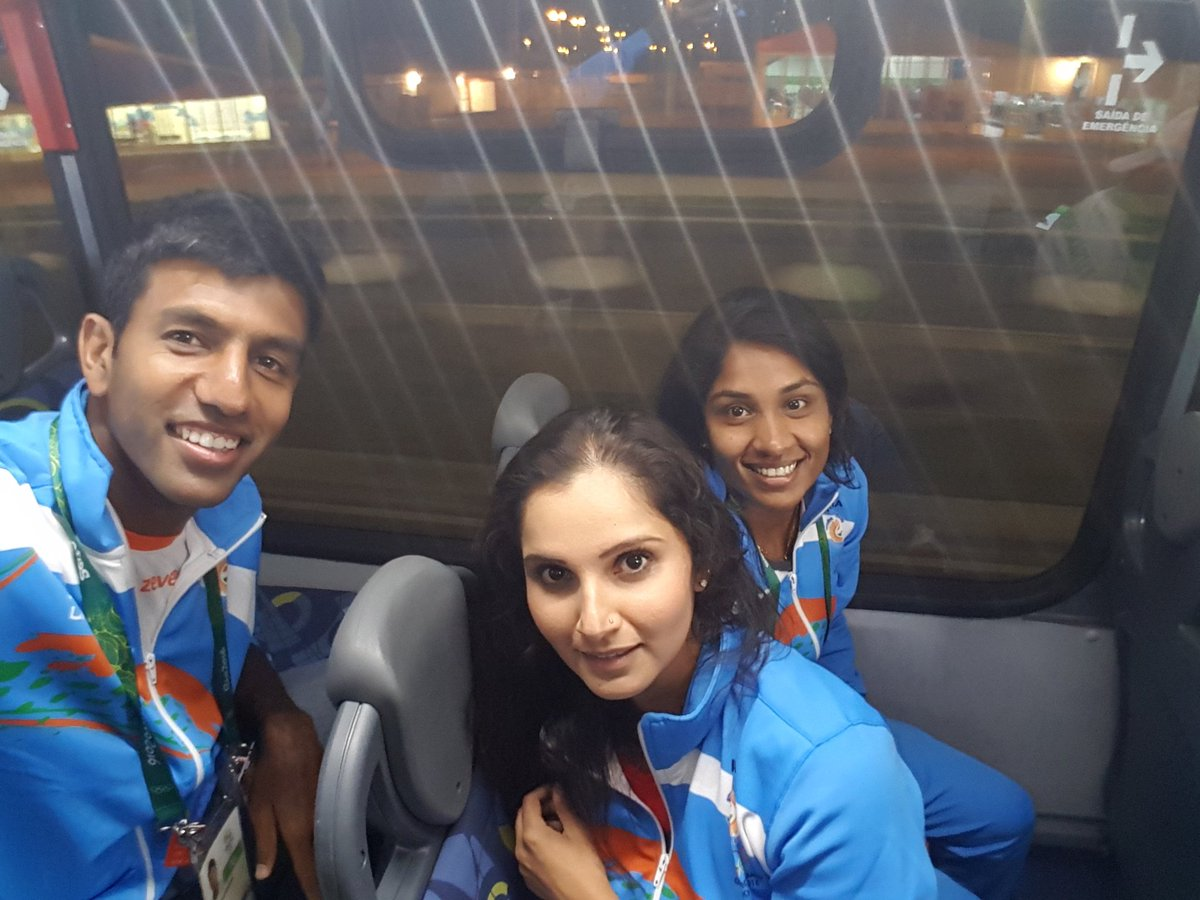 Day2 here in Rio ☺... #IndiaAtRio2016 #Olympics2016 https://t.co/CpXsDhabzP