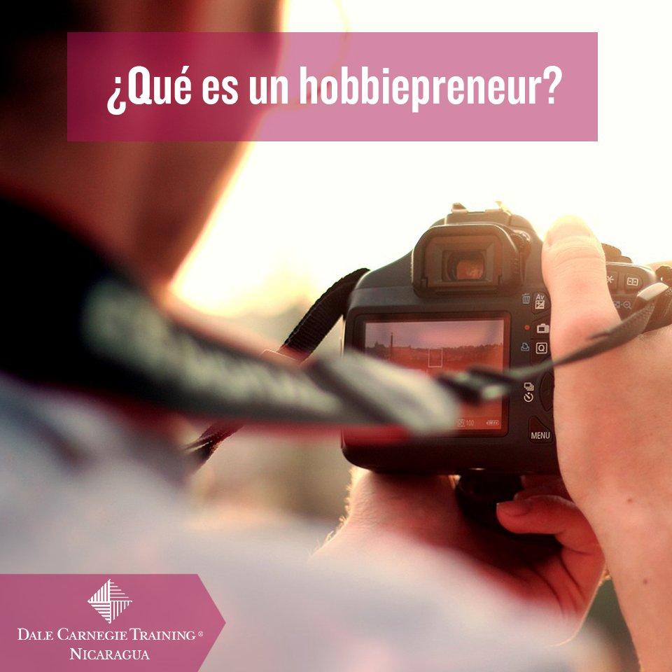 """¡Hoy en @evasurbanas por @VOSTV, @cristyanas y @camilms """"¿Qué es un hobbiepreneur?"""" https://t.co/opLsy6ezyM"""