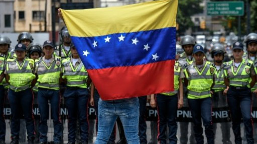 Venezuela takes small step towards presidential recall vote
