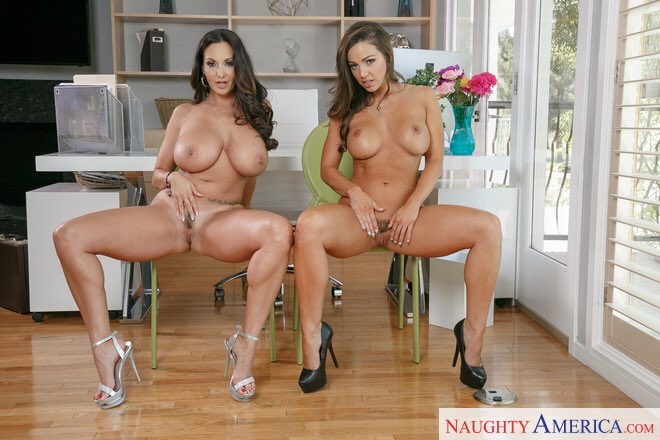 3 pic. Sitting pretty with @AvaAddams in our new scene for @naughtyamerica go check it out #2chickssametime