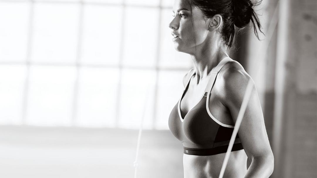 Gear up: $25 @VictoriaSport pant when u buy a sport bra in ???????? stores: https://t.co/kxyMtLDHNm https://t.co/EJwSr2xZWn