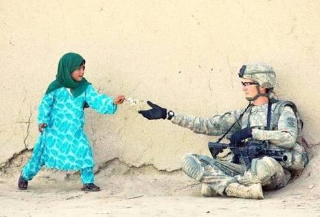Ne olursa, olsun,  Sakın; merhametini kaybetme... Merhamet insanı, insan yapan tek şeydir.... https://t.co/wCXzwTHldJ