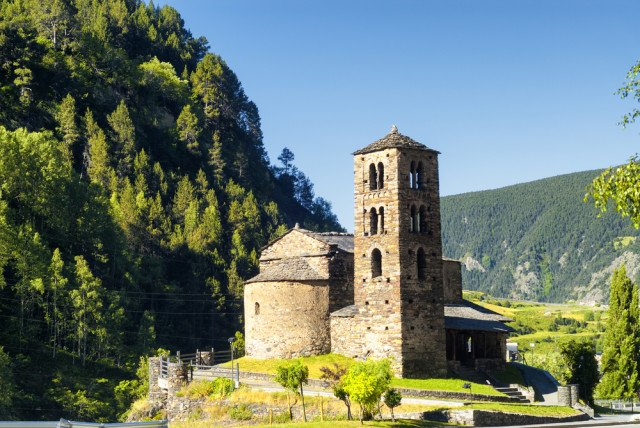 Up in tiny Andorra, ecotourism/history/winter sports meet - shopping! @andorraworld_ad