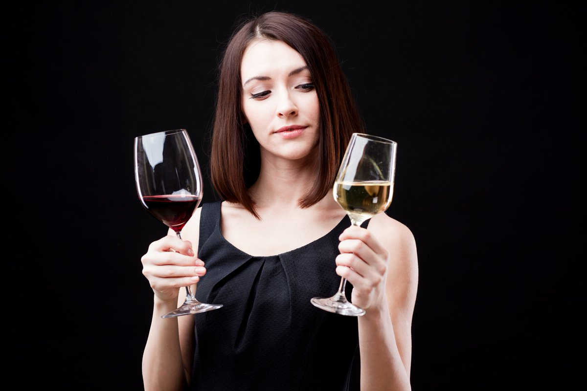 A balanced #diet is a #glass of #wine in each hand. #Rioja #workout https://t.co/f66ROdQOkK