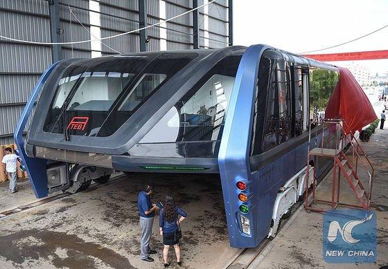 2010年から研究している中国の空中路面電車、ついに実車を作りやがった…。正直資金とフットワークの早…