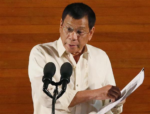 フィリピン新政権、1カ月で麻薬容疑者400人射殺 恐れなした57万人が出頭 sankei.com/w…