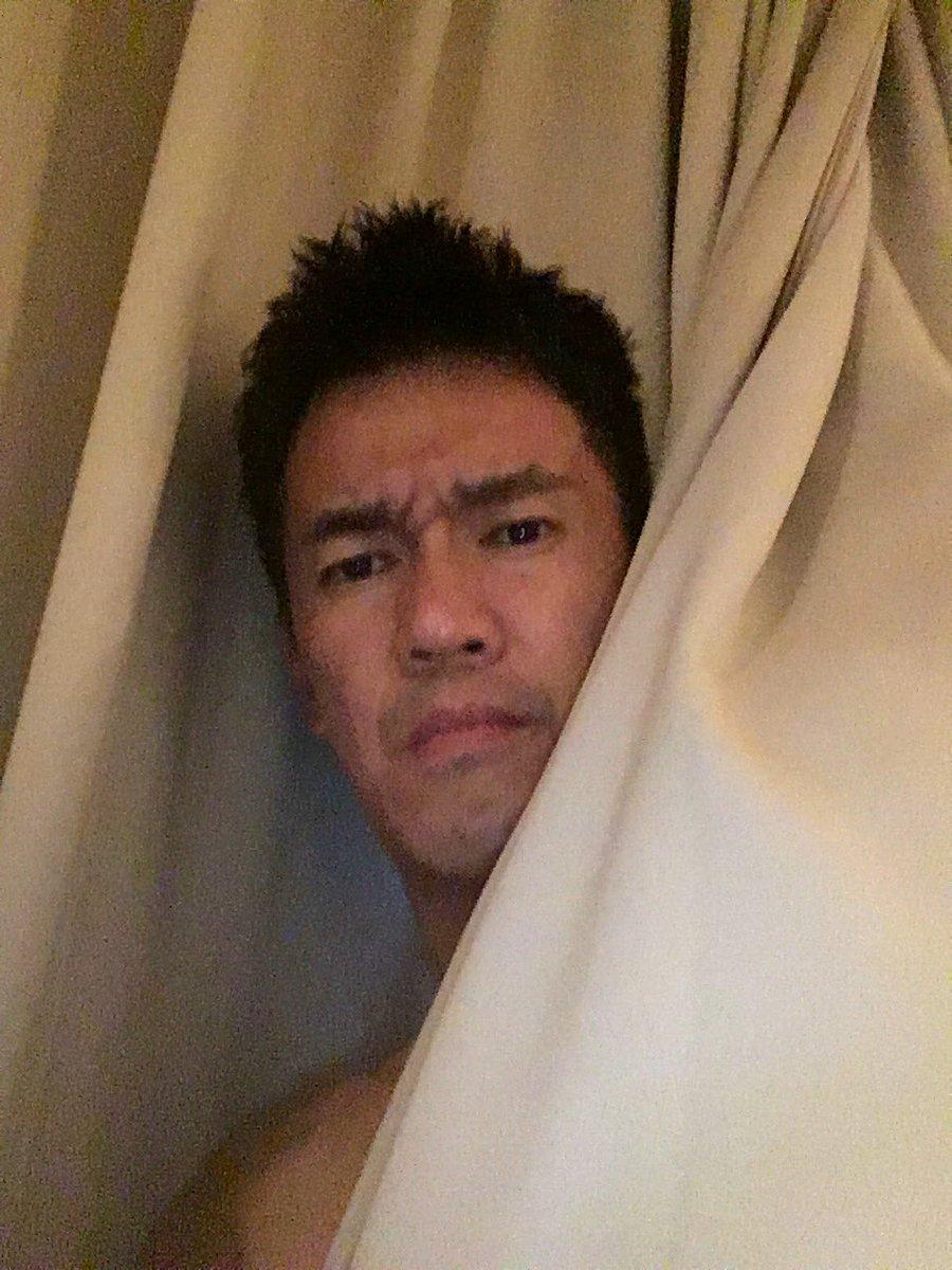 ぐるぐるカーテンの咲良たんがぐるぐるカーテンしてるのを観てオレもぐるぐるカーテンしてみた。。