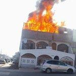 Voraz incendio destruyó planta superior de una vivienda en Alto Hospicio  #Iquique -  https://t.co/0mZNBBjIZm https://t.co/39oKY67XSx
