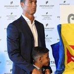 Cristiano Ronaldo a inauguré ce vendredi à Funchal le premier hôtel de sa chaîne, nommée Pestana CR7. https://t.co/NoipqYdjRG