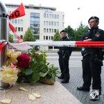 Blumen für die Opfer, Respekt für die Leistung der Polizei. #München https://t.co/VDVEw4lQGW