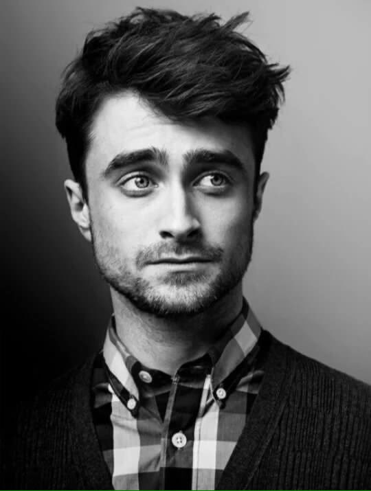 """Don't try too hard to be something you're not."" #HappyBirthdayDanielRadcliffe ❤️ https://t.co/EcNnMePiGl"
