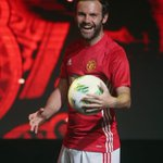 All smiles in Shanghai. 🇨🇳 @juanmata8 in the new @ManUtd home shirt: https://t.co/YBMkwbUVB2 #FirstNeverFollows 🔥 https://t.co/bve19nsEQn