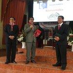 Secretario UPN Pr. Juan Saldaña investido con la pañoleta #Caleb8UPN en la iglesia El Inti-Ñaña https://t.co/mSaisBYVmD