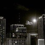 #aboutlastnight The moons presences is still pretty full over #Miami. https://t.co/A6ZW7m6GaN https://t.co/YyVbLFalgl