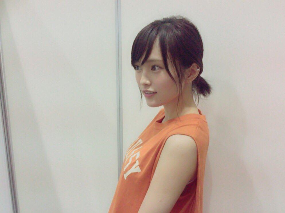 大阪での握手会に来て下さった皆様 ありがとうございました✨  Mステの反響だったり 生誕Tシャツを着…