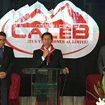 """Pr. @JuanSaldanaLeon inicia el 1er sermón de la Semana de Misión #Caleb8UPN en la iglesia de """"El Inti"""". #YoVoy https://t.co/XJJRcsCAFm"""