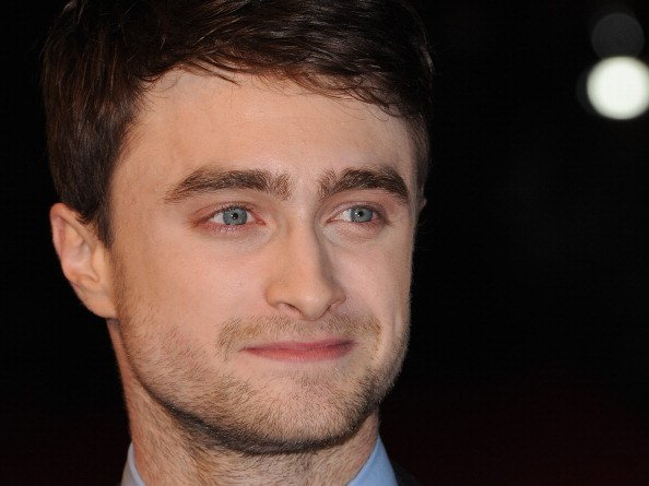 ""\""""I think Im a tiny bit like Harry Potter. Because Id like to have an owl.""""  Happy Birthday, Daniel Radcliffe!""594|445|?|en|2|502e856a7c95d0750f2ff1dcdcd5d0c4|False|UNSURE|0.32677173614501953