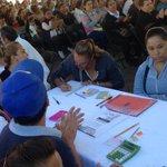 Más d 300 leoneses con ganas de crecer están aplicando hoy su examen para tener primaria y secundaria x @SoyINAEBA https://t.co/0Z1lP8mLYw