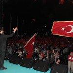 Yüreğini alıp Trabzon meydanında onbinlerin yüreğiyle birleştiren Trabzonu coşturan Sn @ugur_isilaka teşekkürler🇹🇷 https://t.co/zkqz3lohEx