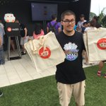 "Morning #SDCC! Find Greg at @ComicConHQ & whisper ""Reddit Gifts"" for a Reddit tote! Supplies are limited! #SDCC2016 https://t.co/Qe4ov8UqcG"