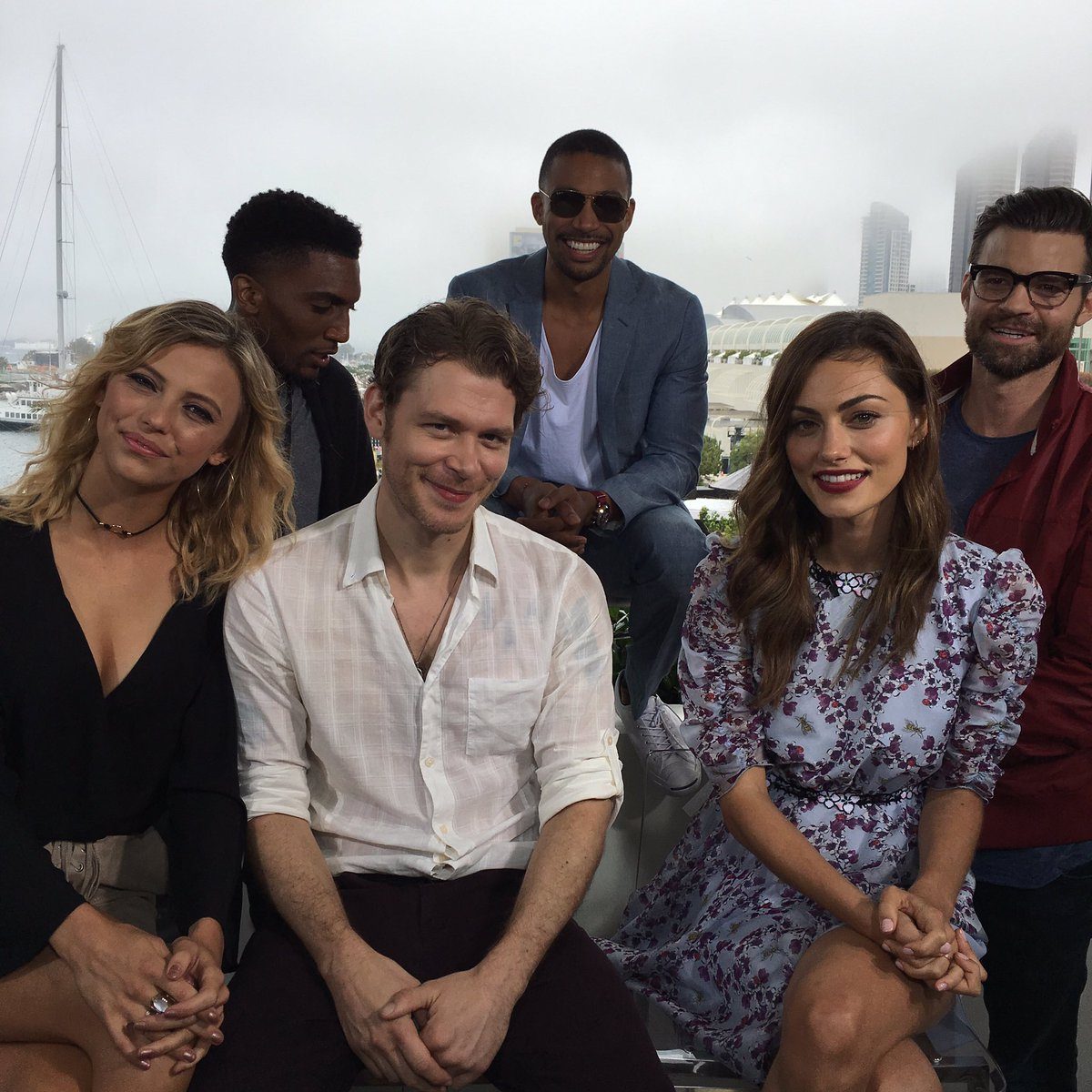 Interviewed these gems today. Such a shame they're so unattractive! #theoriginals #sdcc2016 https://t.co/BvfGguR1jq https://t.co/fBwJB7GAwZ