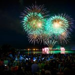 500,000 people expected to attend the Celebration of Light Fireworks tonight. #Vancouver https://t.co/DYlmfX43mP https://t.co/RmRAK9QkAa