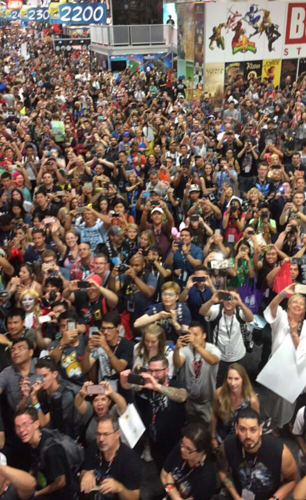 #SDCC2016 https://t.co/qQSi1DQIFj