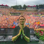 My full @tomorrowland set is online! 🙏🏻 https://t.co/UhwhDfocZo https://t.co/vTe2A90AKY