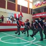 ¡Viva el Perú! Las escoltas de alumnos del mejor colegio de Trujillo demuestran su gallardía. #PeruanosDeCorazón https://t.co/fJcLKzOSYH