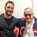 Impromptu hangout backstage at the #MarvelSDCC booth. @TheRealStanLee @prattprattpratt https://t.co/lxb2kj5HnX