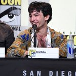 More glorious new pics of Ezra Miller at the #FantasticBeastsSDCC panel! https://t.co/pHJru5E9sv