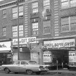 Milwaukee Ave in Logan Square - Heinemanns Bakey in 1963. #ChicagoHistory #Chicago https://t.co/A3pwQgdmXP