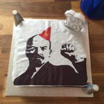 Not saying my son takes after me in love of puns, but for his sisters birthday hes made her a Lenin Drizzle Cake https://t.co/ojYGSyw8nW
