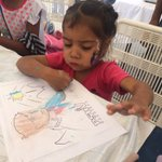 Los niños carrizaleños pintando a Miranda, cada uno dándole color, vida a sus 200 años de su pase a la inmortalidad https://t.co/odmJHOcCvQ